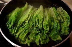 Lettuce With Oyster Sauce Recipe Step1