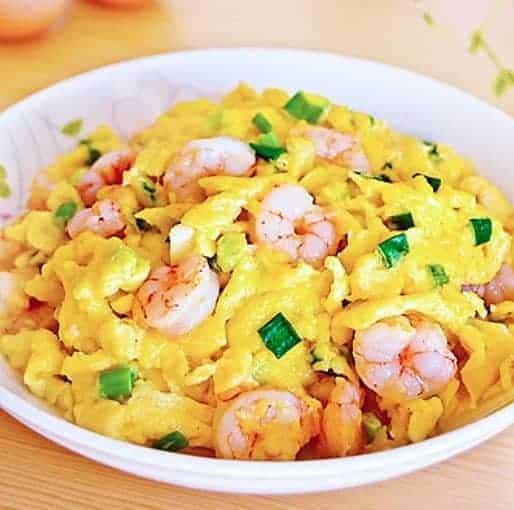 Shrimp With Fried Eggs Recipe