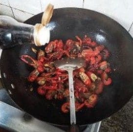 Easy Chinese Crayfish Boil Home Recipe Step4