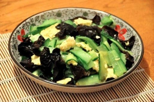 Scrambled Eggs With Cucumber And Fungus Recipes