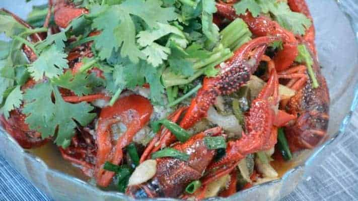 Cantonese Flavor Stir-fry Crayfish Recipe