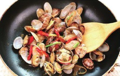 Chinese Fried Spicy Clams Recipe Step3