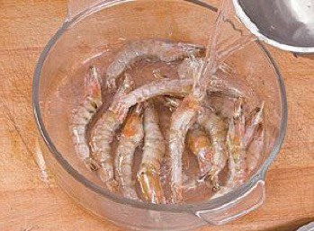 Cool Dish Assorted Seafood Flavor Shrimp Recipe step2