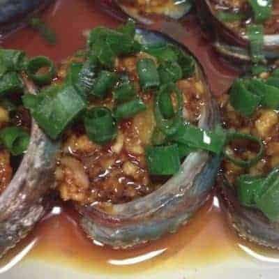 Steamed Abalone with Green Onions Oil Recipe