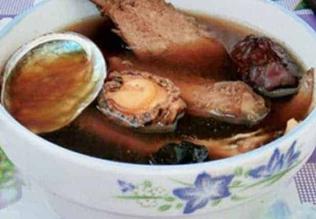 Abalone with Angelica Sealwort Fleece flower Root Soup 1