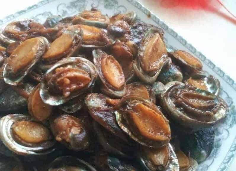 Sauteed Abalone With Board Bean Paste Recipe