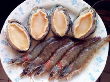 Simple Abalone and Shrimp Congee Recipe step1