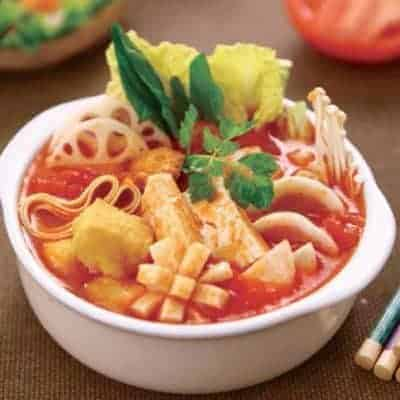Chinese Tomato Chicken Soup Hot Pot Base