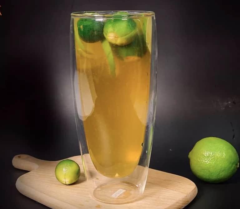 Fresh Lime and Kumquat Juice Recipe