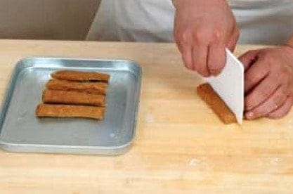 Tianjin Flavour Soybean Candy Stick Recipe step6