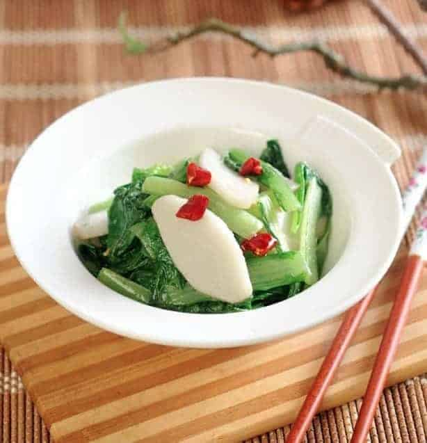 Fried Rice Cake with Lettuce Recipe