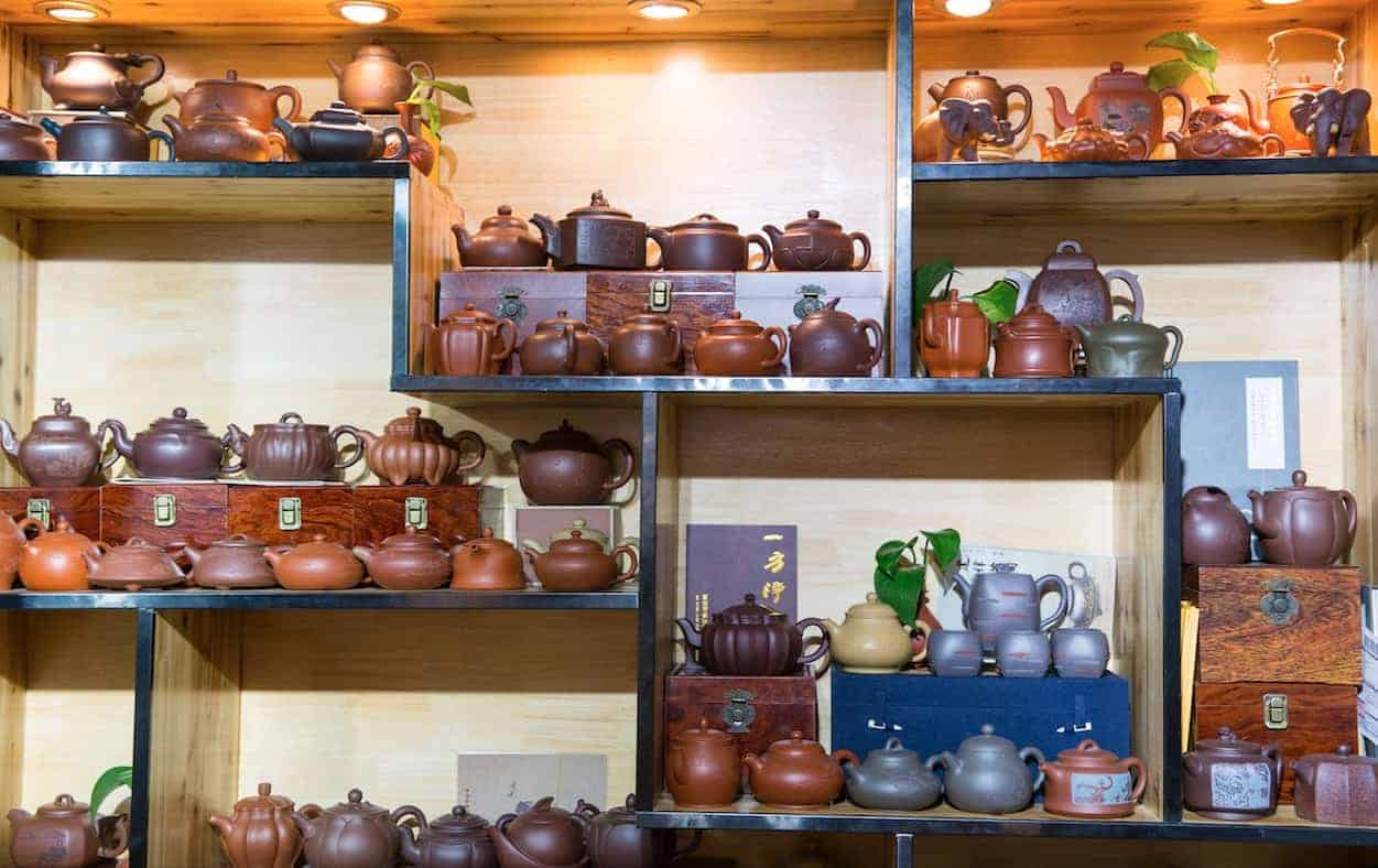 How to Choose and Maintain Pottery Teapot