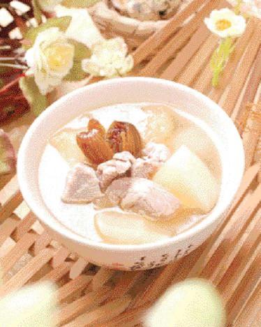 Easy 3-Step Honeydew Melon Pork Soup Recipe