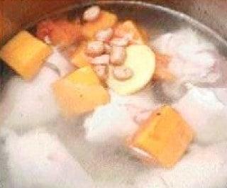 Pawpaw Prok Trotter Soup Recipe step3