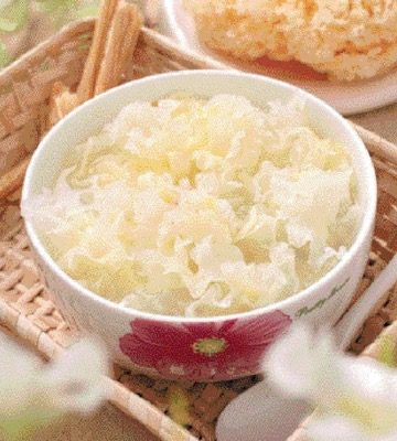White Fungus Quail Egg Soup Recipe
