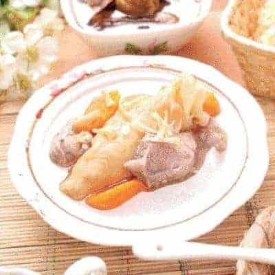 Carrot and Pork Tenderloin Fish Glue Soup Recipe