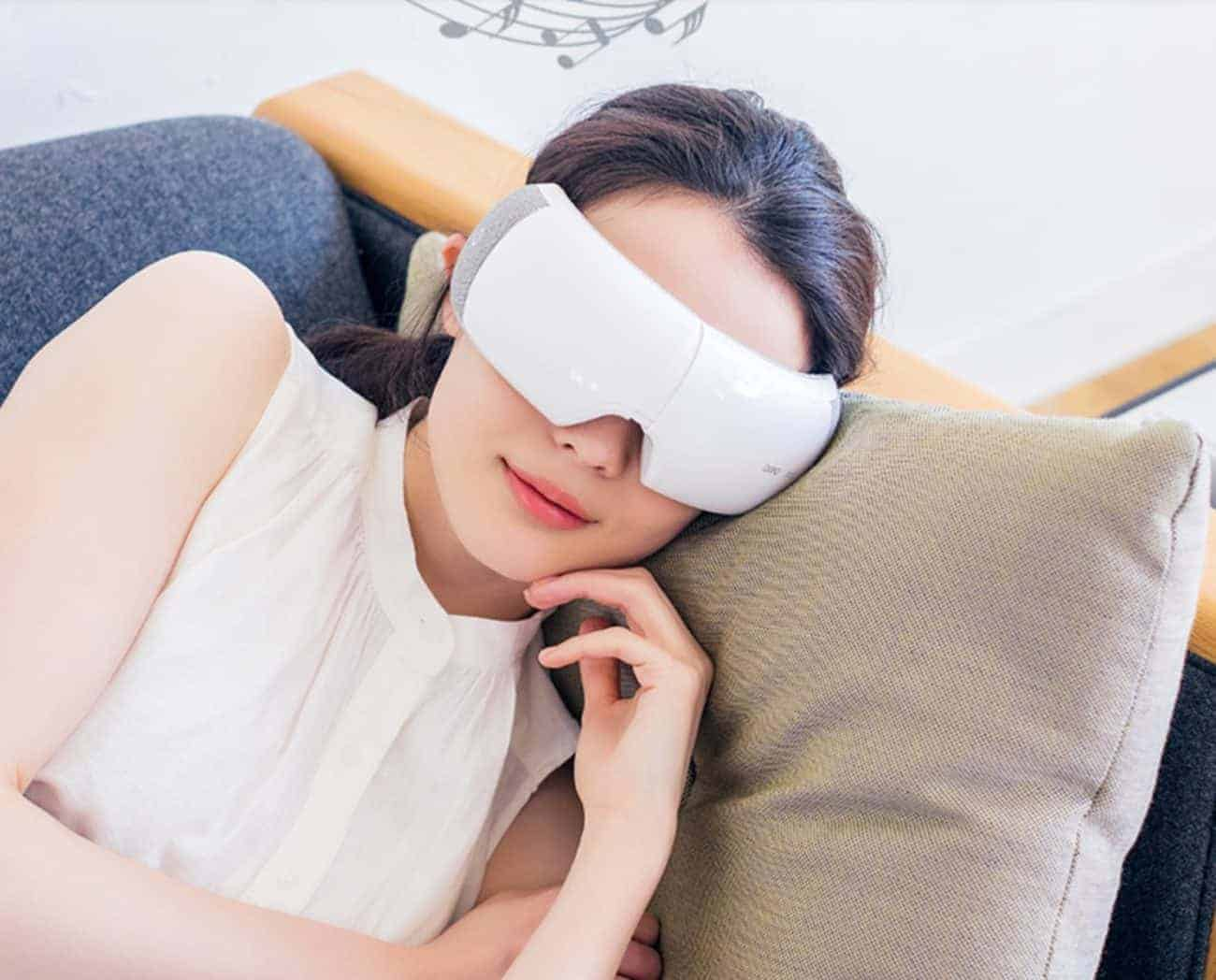 How to Choose the Best Electric Eye Massager