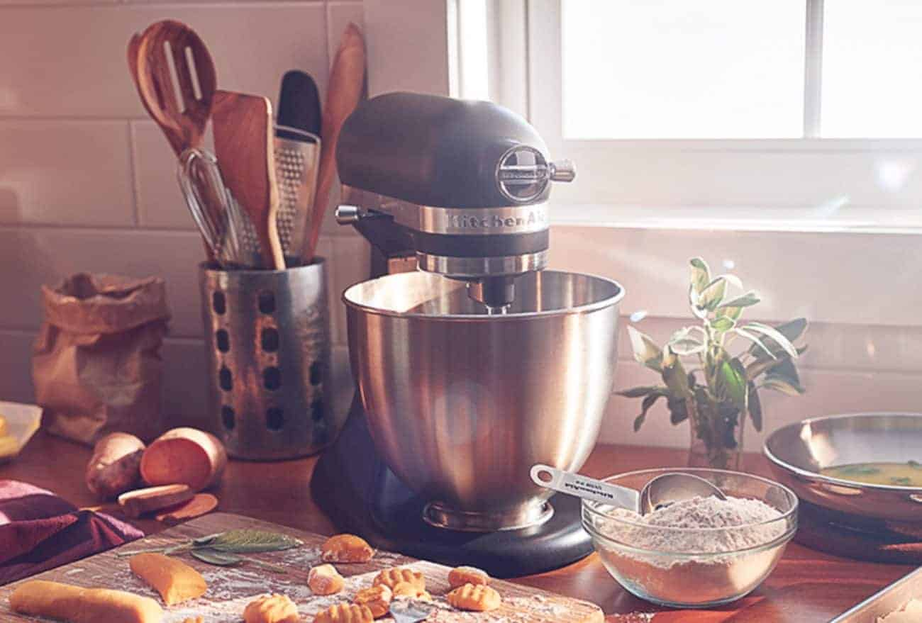 How to Choose the Best Mixers