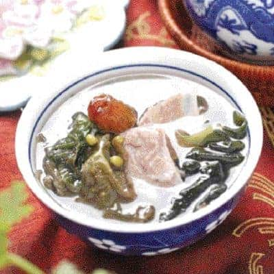 Kelp and Green Beans Pork Ribs Soup Recipe