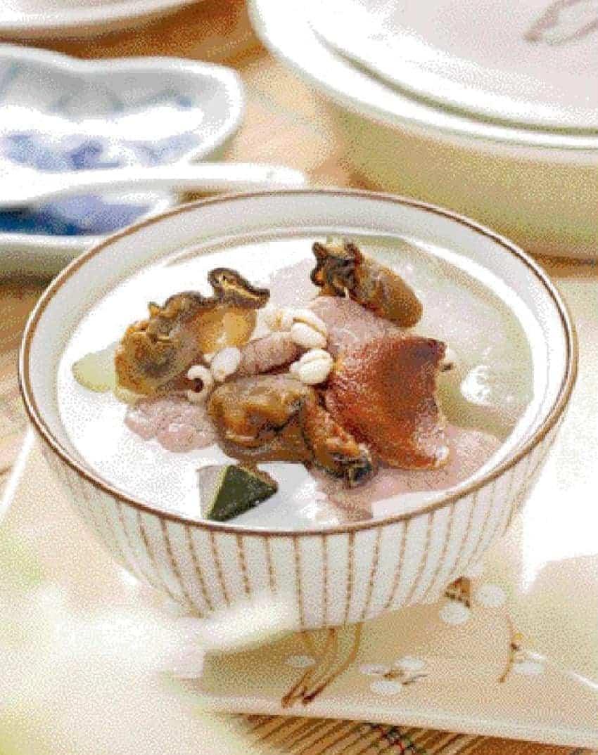 Wax Gourd and Job%E2%80%99s Tears Pork Soup Recipe