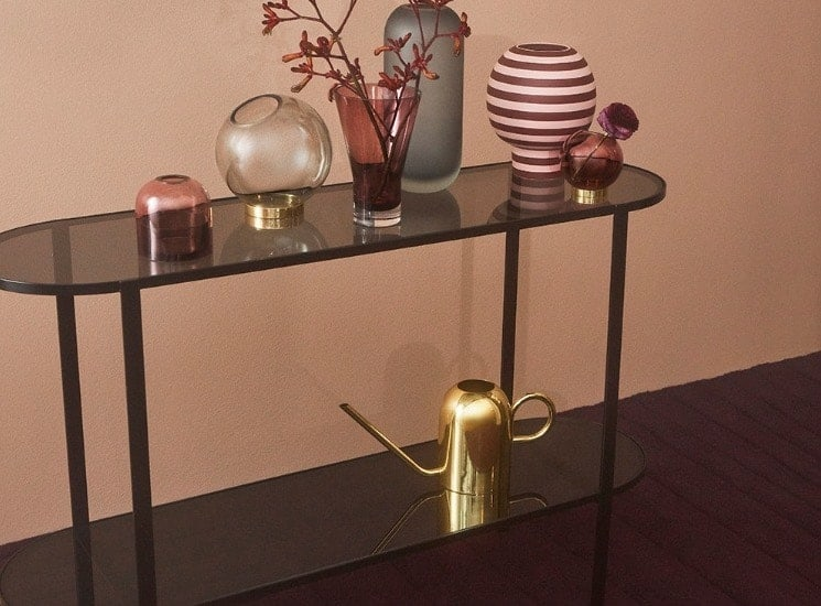 How to Choose the Best Console Table