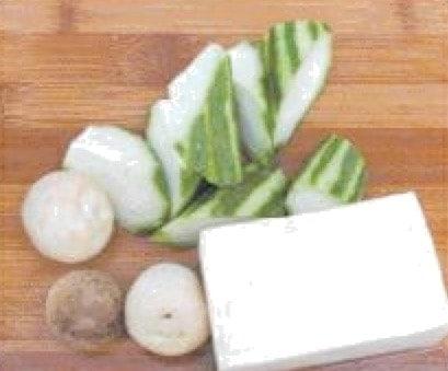 Straw Mushroom and Tofu Fish Soup Recipe step2