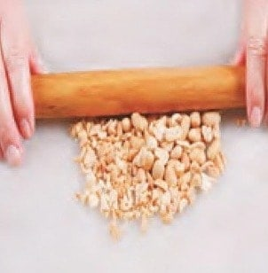 Fried Bean Paste Sping Roll Recipe step1