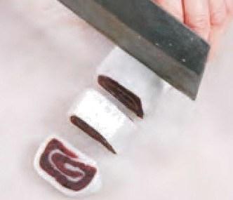 Red Bean Paste Glutinous Rice Roll Recipe step9