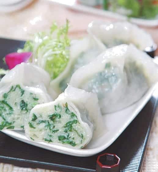 Steamed Leeks and Pork Dumpling Recipe