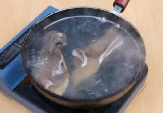Stir fried Winter Bamboo Shoots Lamb Tripe step3