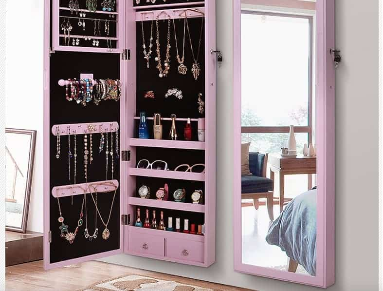 How to Choose the Best Jewelry Armoire