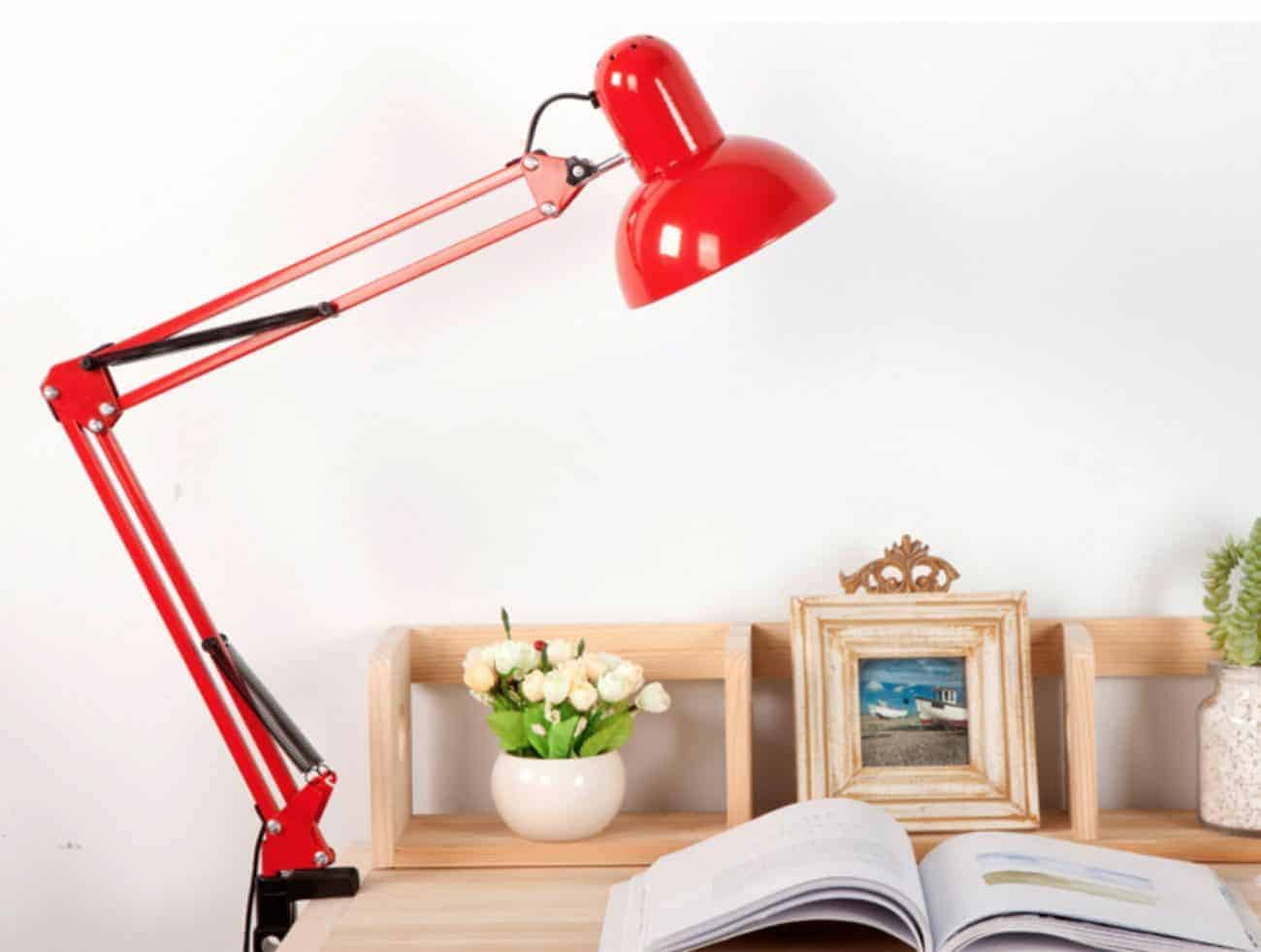 How to Choose the Best Desk Lamp for Kids
