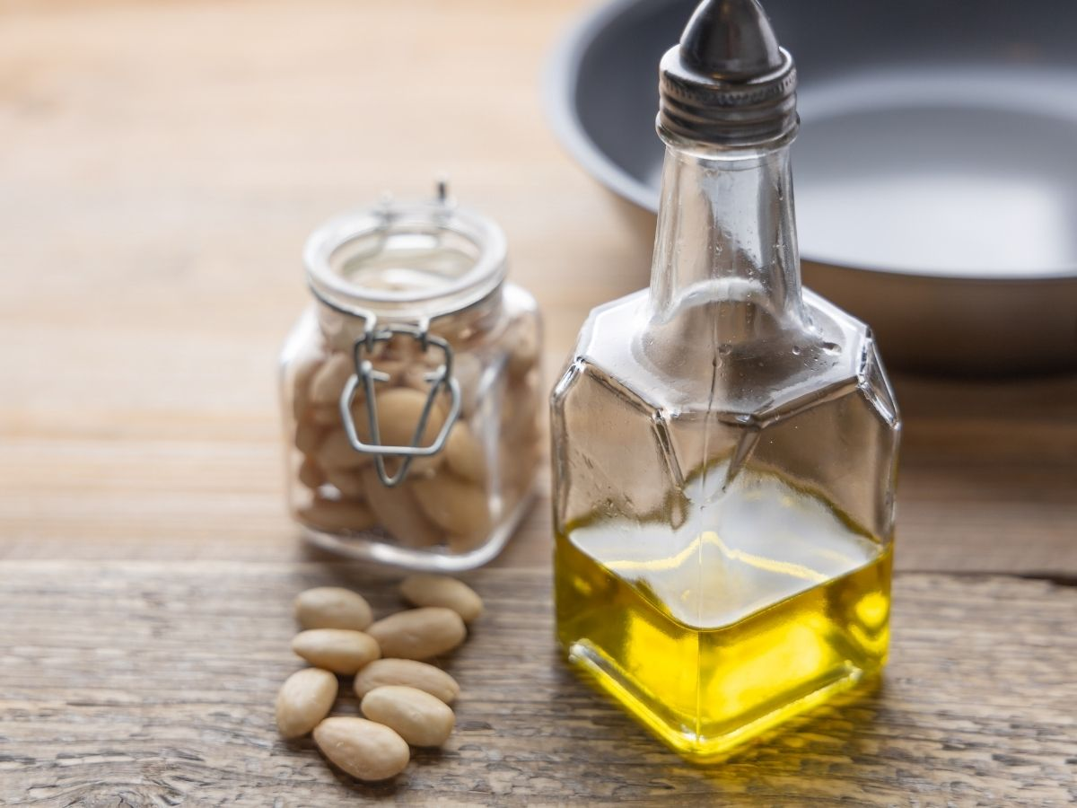 Top 10 Best Almond Cooking Oils Taste Reviews and Guide