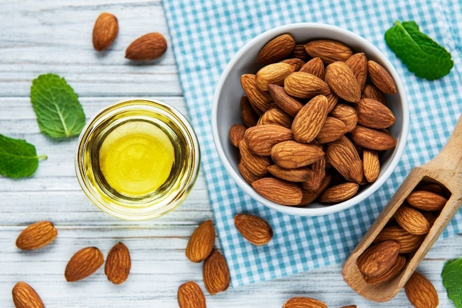What Features Should You Consider When Buying Almond Cooking Oil
